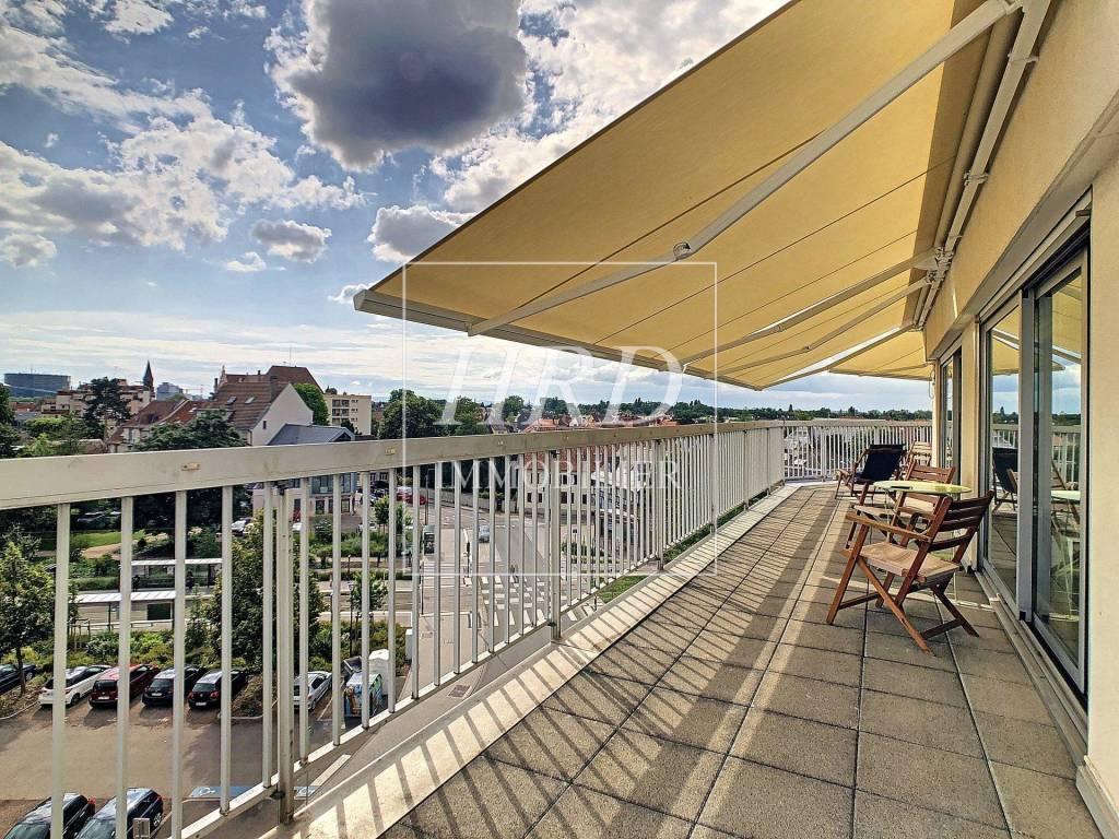 Bel appartement avec vue panoramique au coeur de la Robertsau!