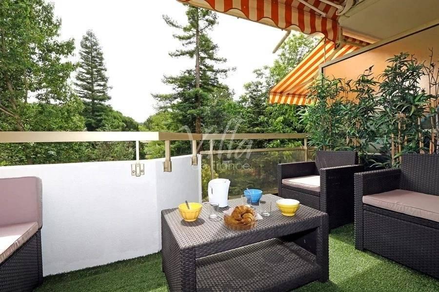 Seasonal rental Apartment Mandelieu-la-Napoule