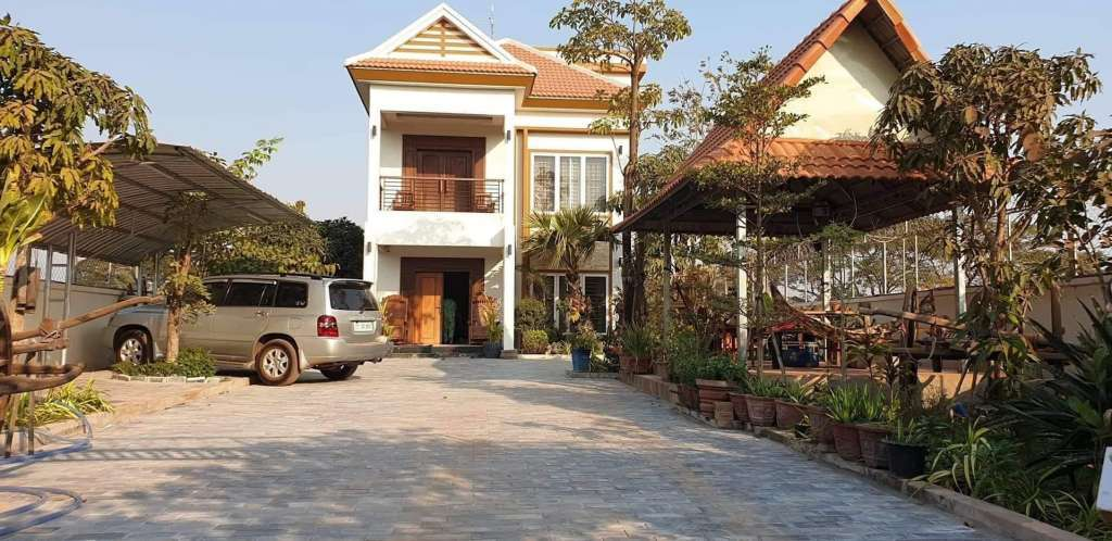 Modern style, recently built, 4 bedroom villa for sale in Siem Reap-Angkor