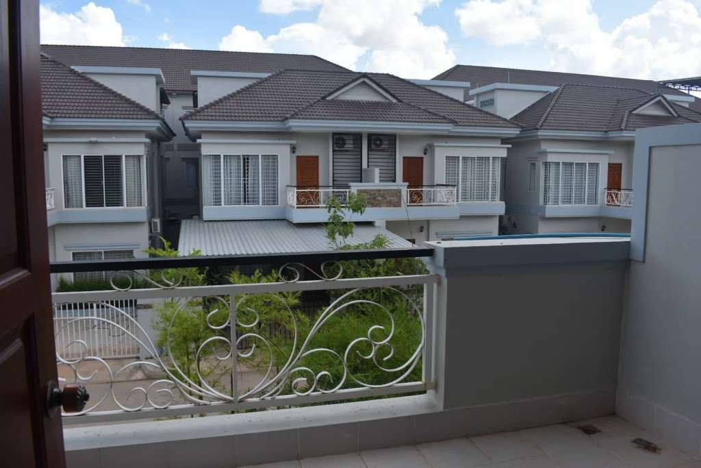 Modern & Western Style, new build 3 story Siem Reap Townhome for Sale or Rent, in a gated and secure community.