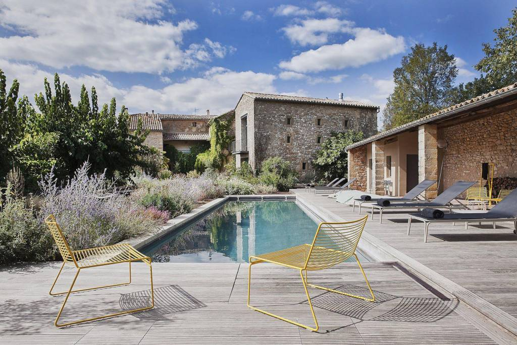 Near Uzes, between Provence and Cevennes, PROPERTY XVI century, beautiful renovated.