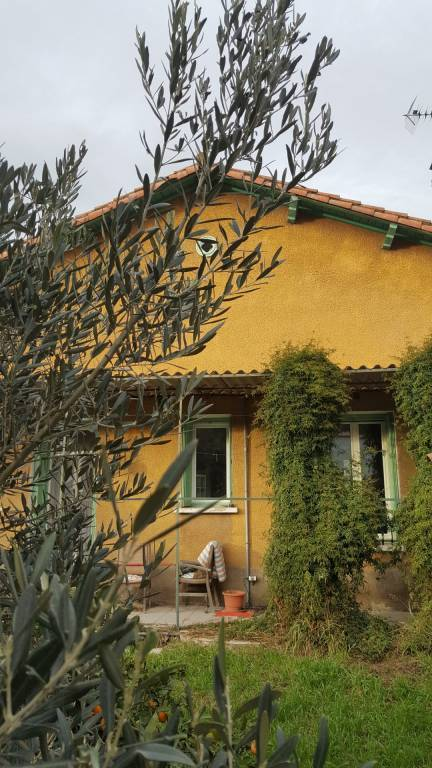 Maison de ville 4 faces, 4 chambres, jardin, en vente à Céret!