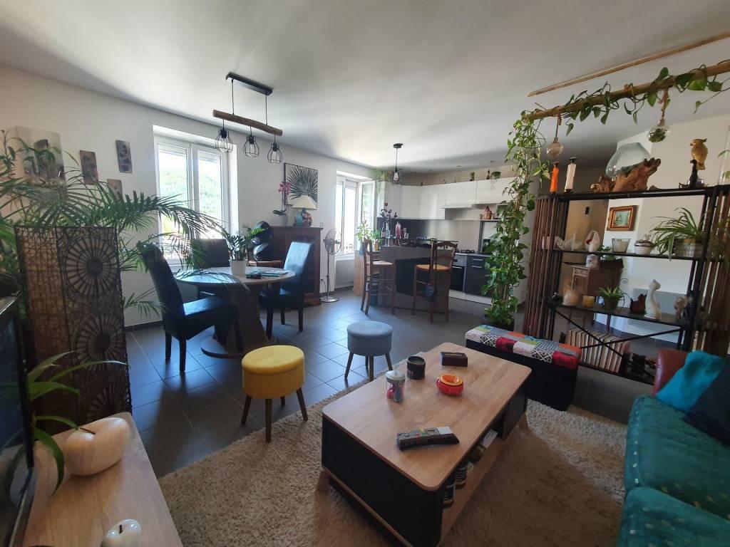 Rental Apartment Le Teil