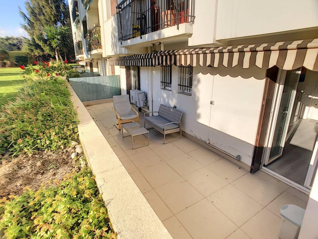 Cagnes sur Mer, Vespins, 3 pièces 39 m², Terrasse 22 m², parking collectif