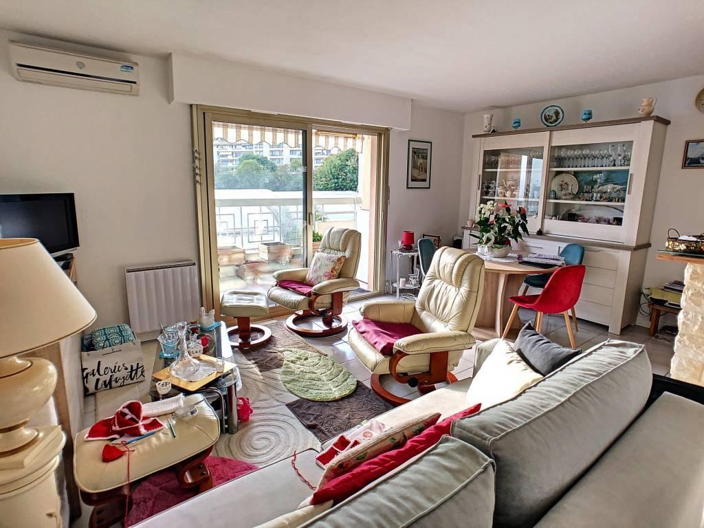 Cagnes sur Mer, viager, appartement 3 pièces, terrasse, calme, garage