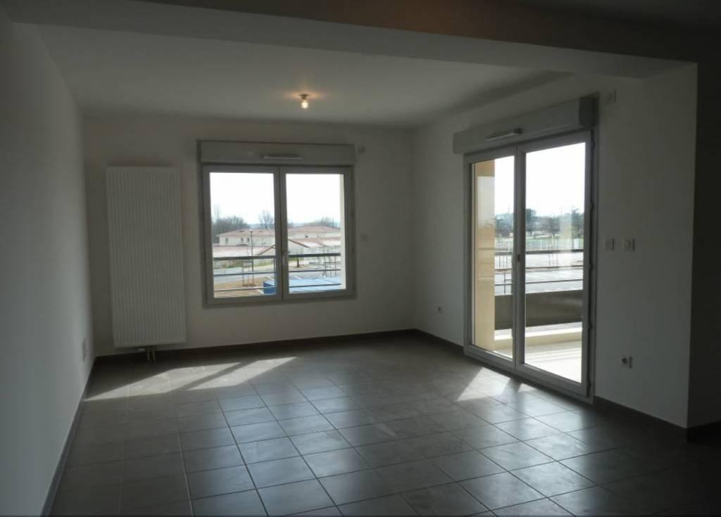 Appartement T3 66m2 avec cellier + 2 terrasses et 2 parkings