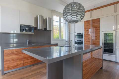 Kitchen Wood floors Kitchen island Stainless steel