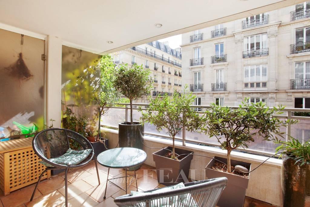 Paris XVIe -  Jasmin, rue de l'Yvette
