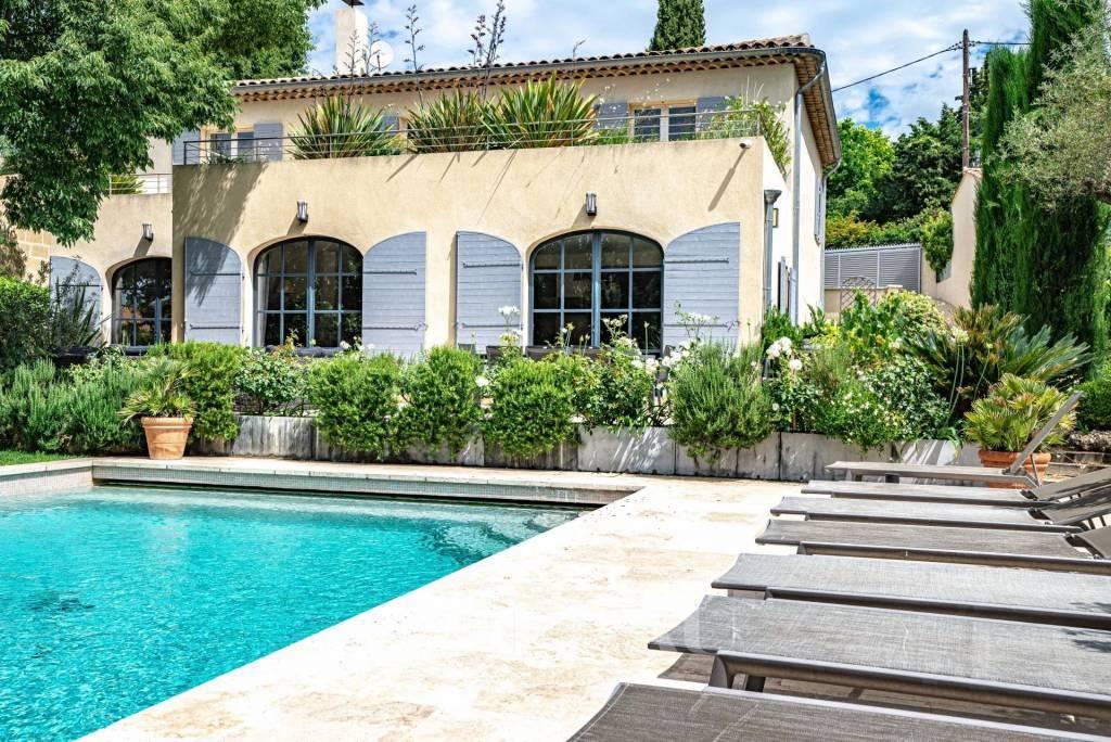 Aix en Provence - Exceptionnelle Maison en ville