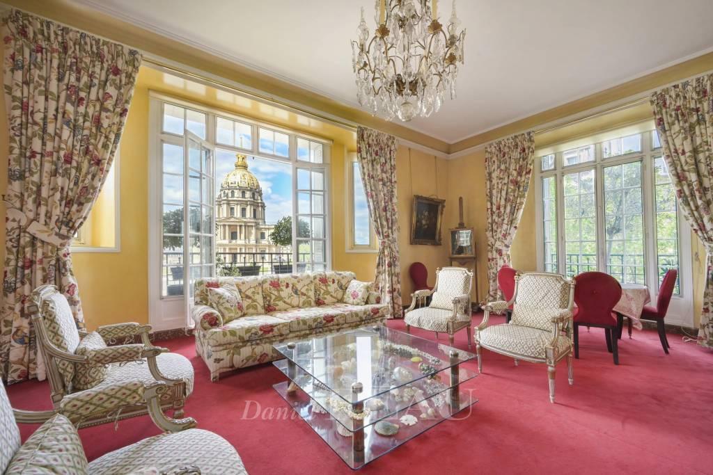 Paris VIIe - Place Vauban - Appartement d'exception