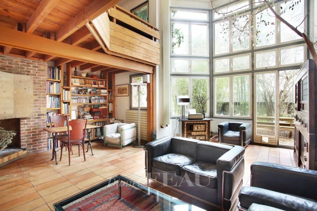 Living-room Exposed bricks Tile