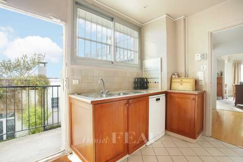 Kitchen Wooden floor Tile