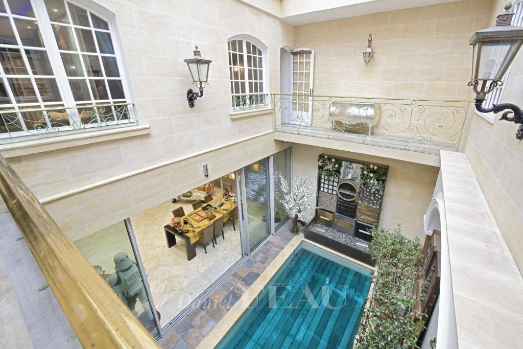 Living-room Swimming pool
