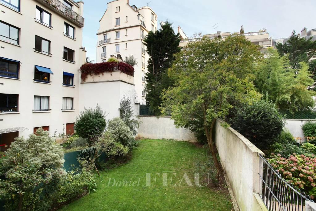 Rental Apartment Neuilly-sur-Seine Sablons