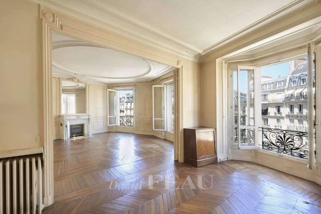 Sale Apartment Paris 16th Porte-Dauphine