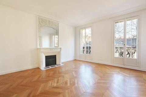 Rental Apartment Paris 7th