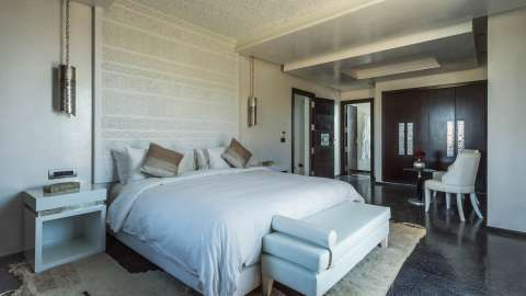 Bedroom Natural light Carpet