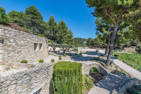Sale Property Lourmarin