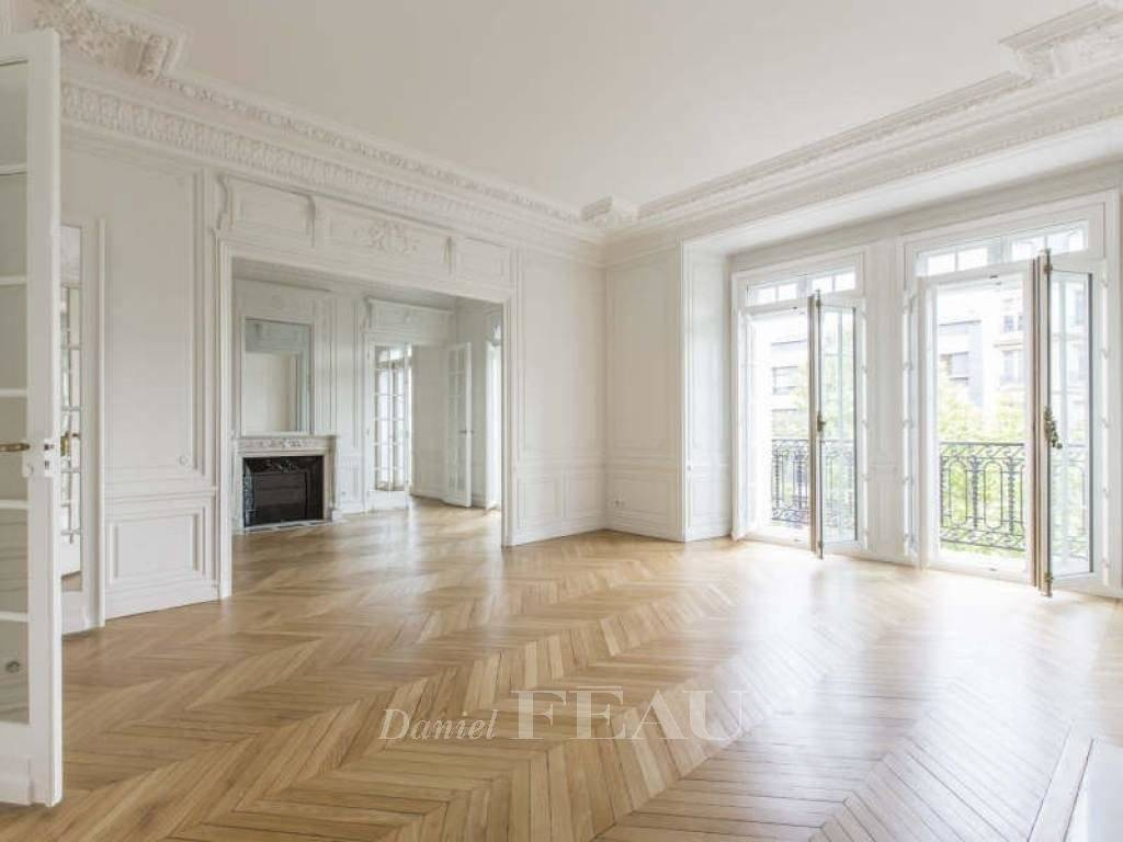 Rental Apartment Paris 17th Ternes