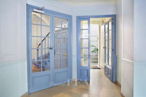 Entrance Sliding windows Tile