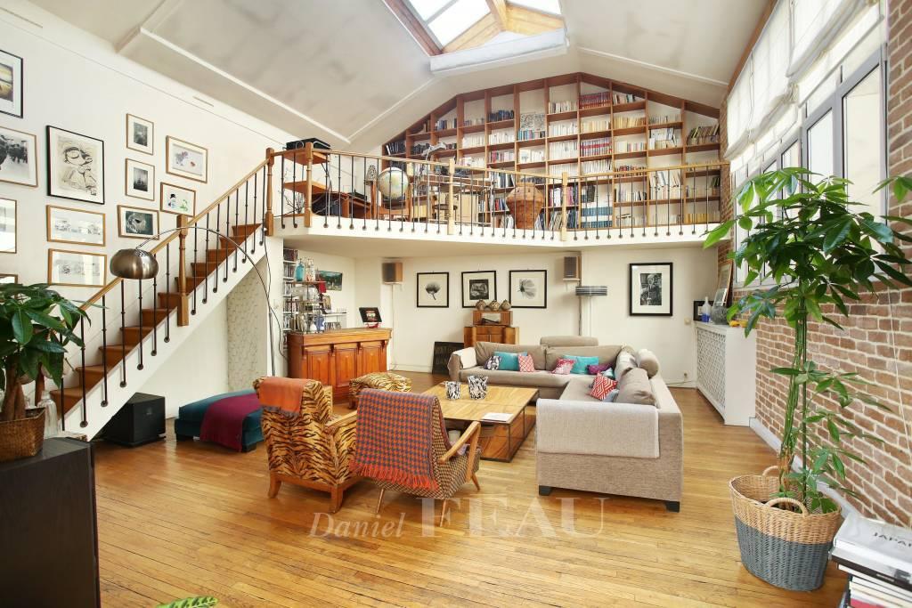 Living-room Exposed bricks Wooden floor
