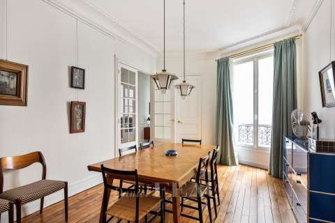 Dining room Wooden floor