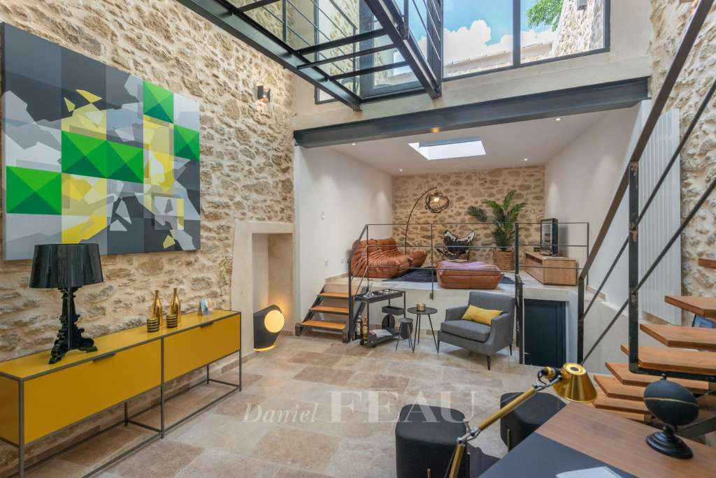 Salon de Provence – A contemporary Town House