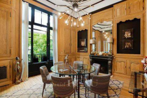 Dining room Wood floors Chandelier