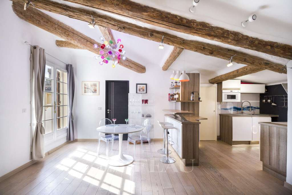 Aix en Provence – An apartment with a terrace