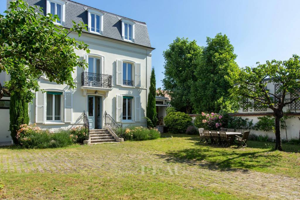Maisons Laffitte – A period property with a garden