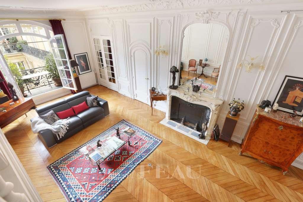 Living-room Wood floors Fireplace