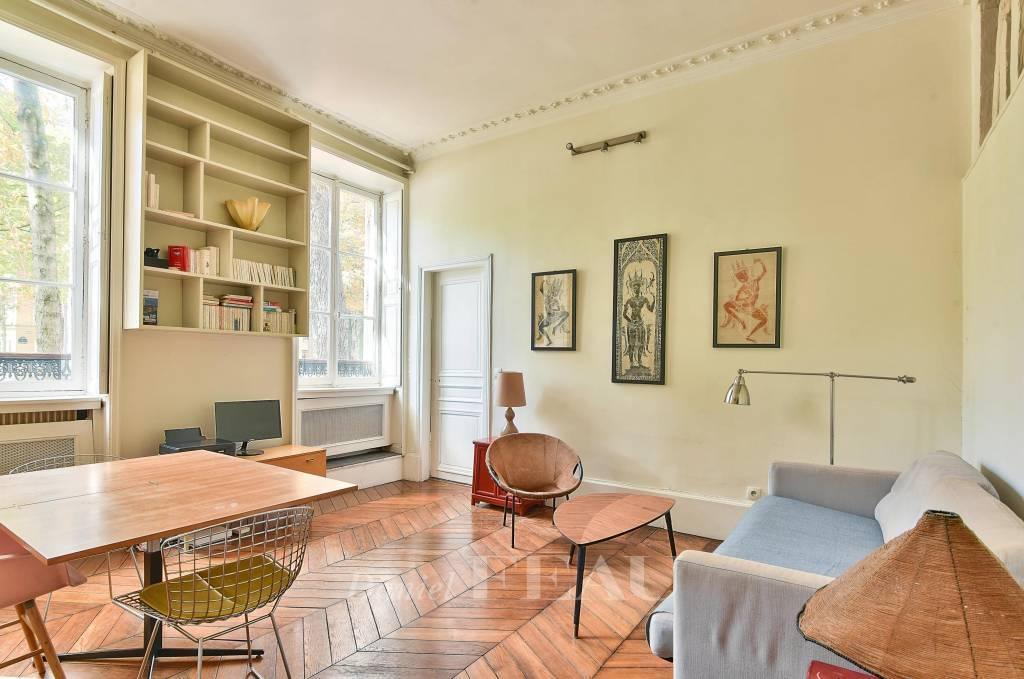 Salon de 20,75 m² plein Ouest