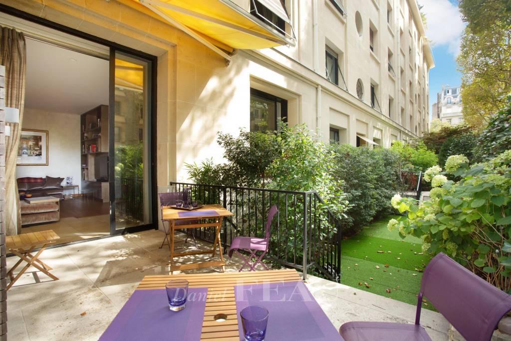 Garden / terrace