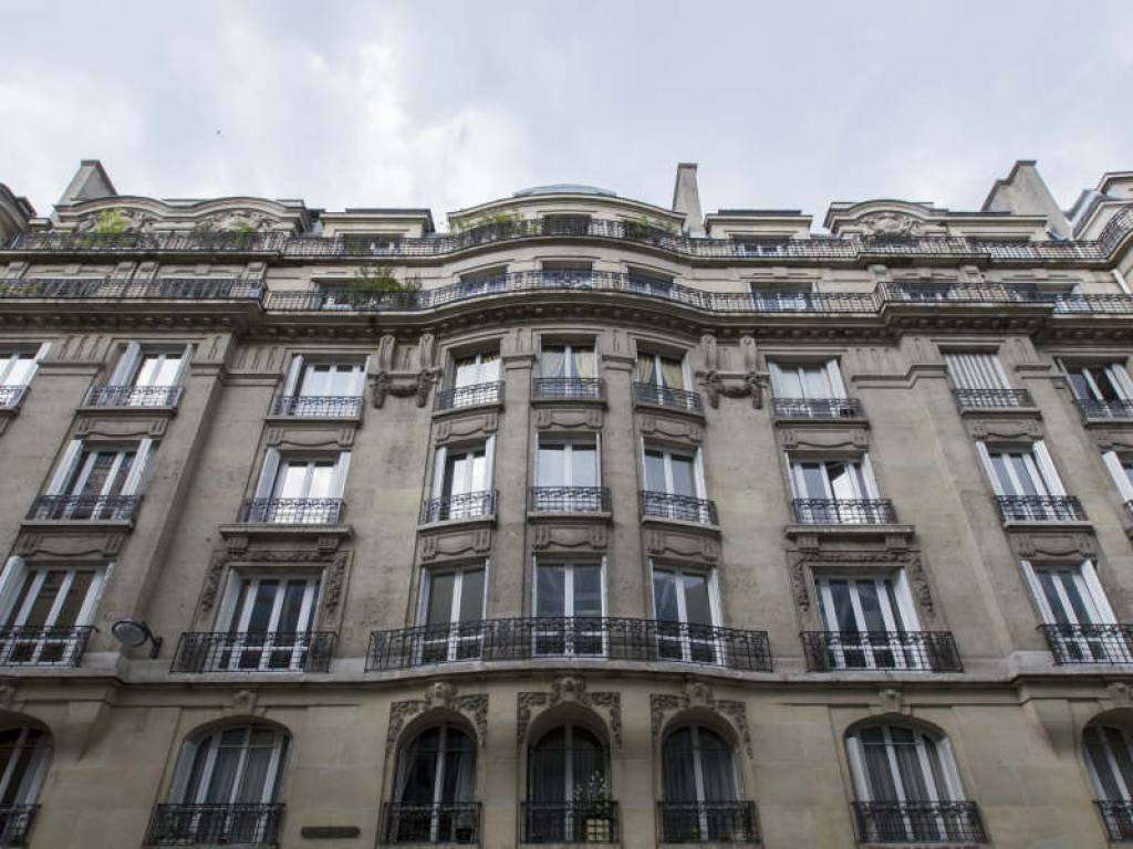 Paris 16th District – An elegant three bed apartment