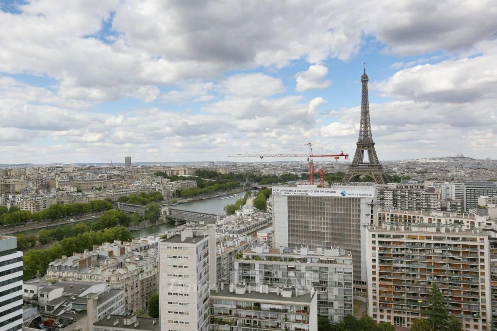 Paris XVe - Beaugrenelle.