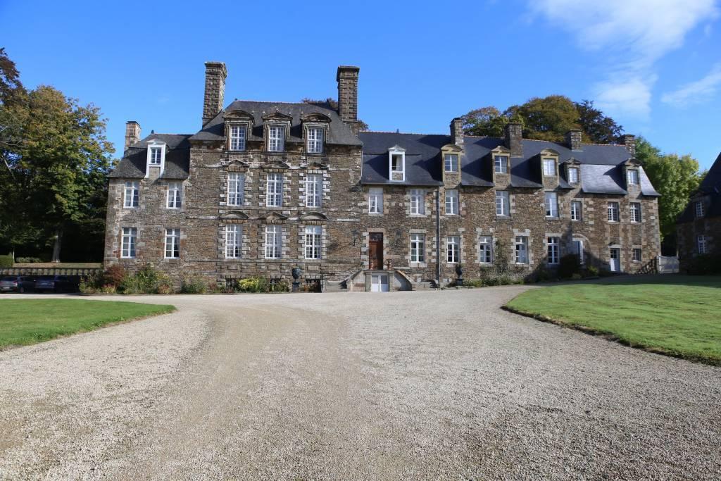 Normandie - Château du XVIIe entièrement restauré et inscrit MH
