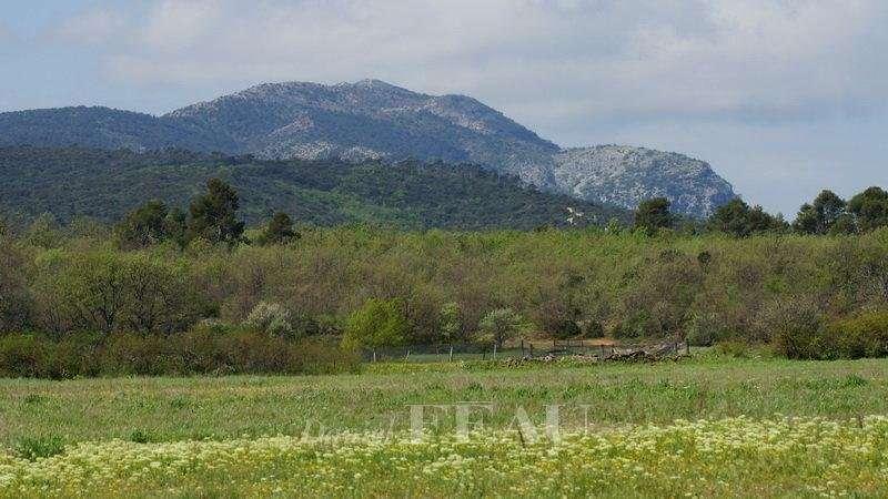 Sale Game reserve Aix-en-Provence