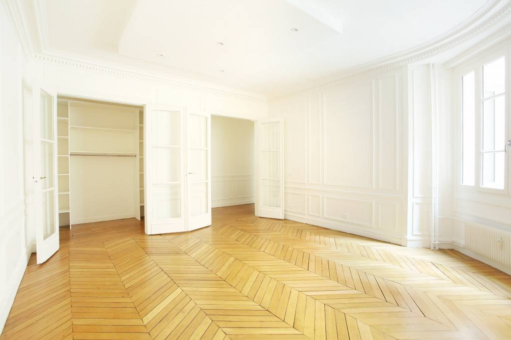 Neuilly-sur-Seine  -  A peaceful 3-room apartment