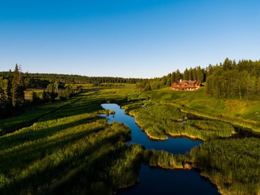 Four Hearts Ranch - Canada