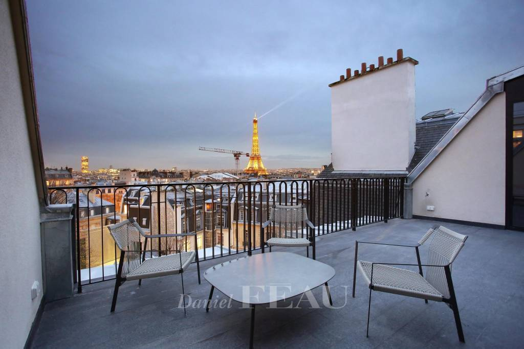 Paris 16th District – An exceptional apartment with a terrace