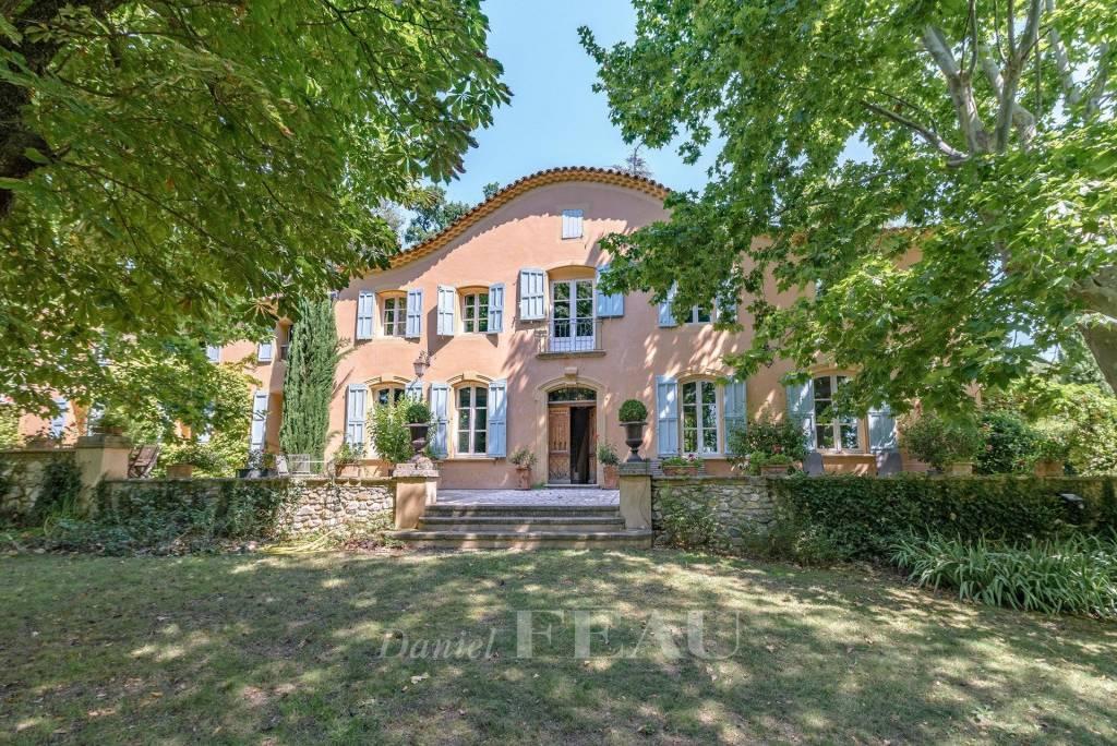 Aix en Provence - Bastide et son parc