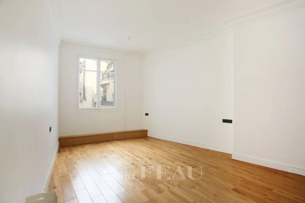 Rental Apartment Paris 8th Europe