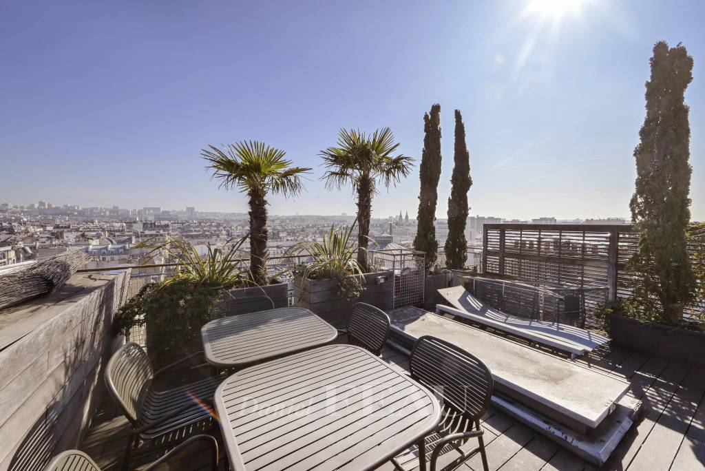 Paris 3rd District – An exceptional apartment with a roof terrace