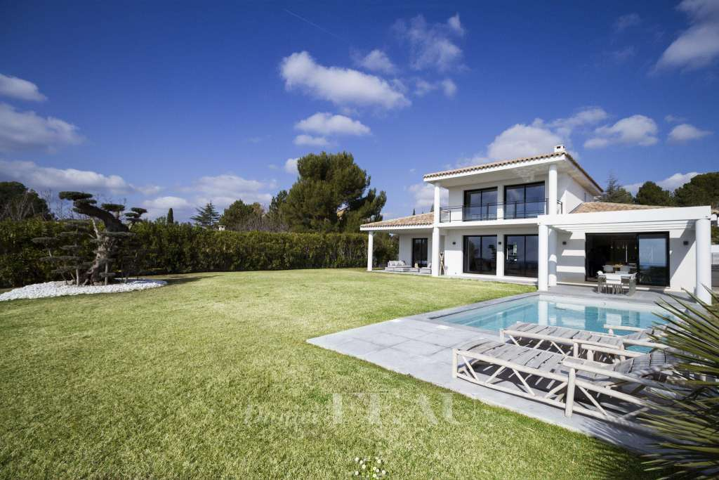 Aix en Provence – A superb contemporary property