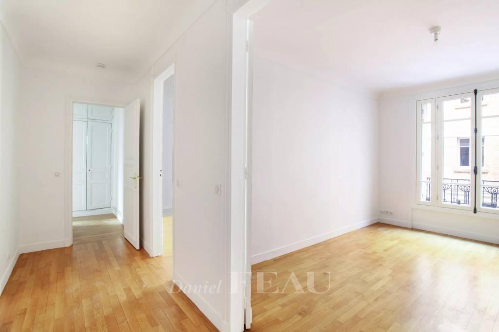 Rental Apartment Paris 16th Auteuil