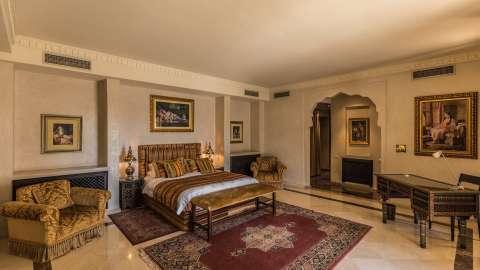 Bedroom Wooden floor Tile