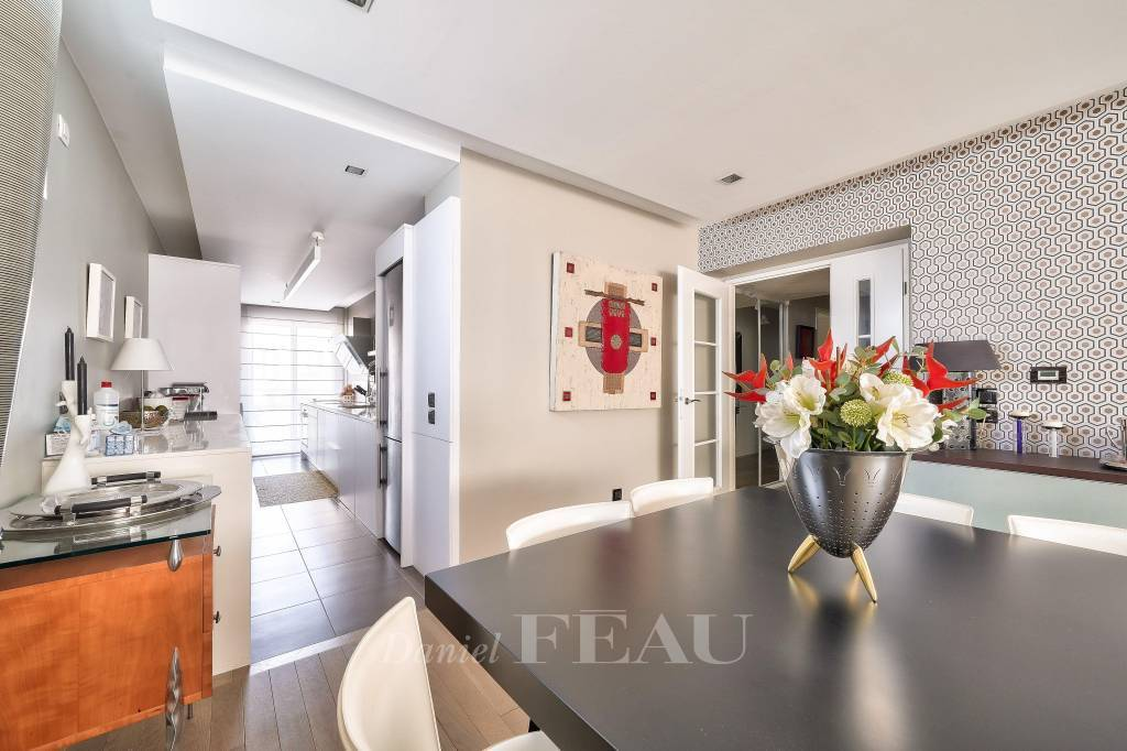 Saint-Cloud  - A 3-bed apartment with a little terrace