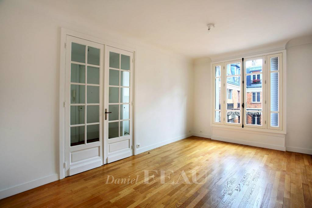 Paris 16th District – A peaceful one-bed apartment