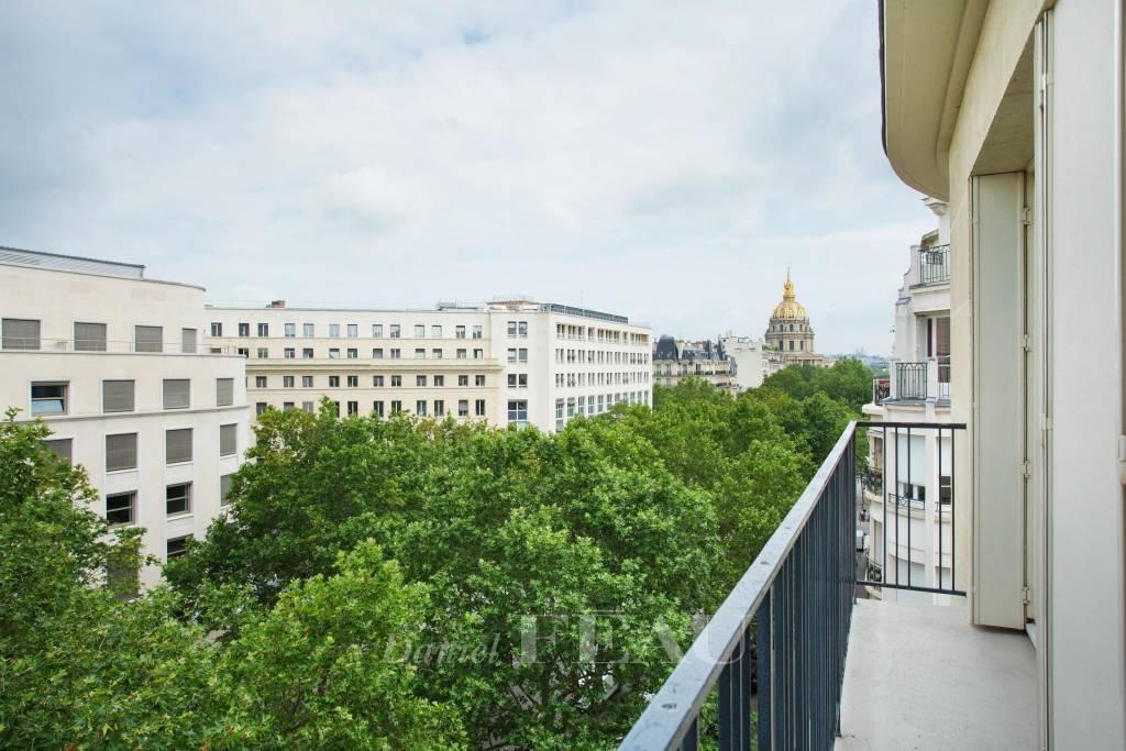 Vue Dôme des Invalides depuis le balcon