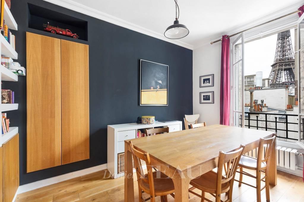 Paris 7th District – A 4-bed apartment enjoying exceptional views